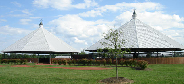 Steel Roof Structures Manufactured By Montgomery Machine Shop At Dixiana  Farm, Lexington, KY