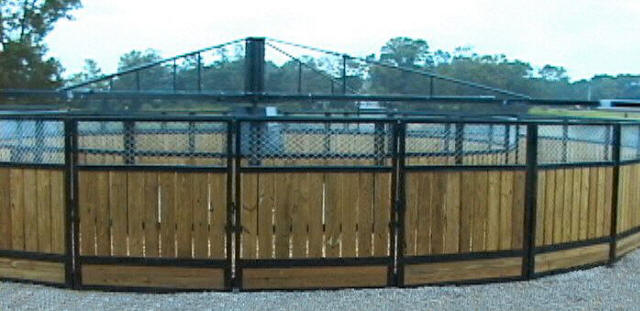 Stable Grid in round corral at EquiGym Farm, Lexington, KY